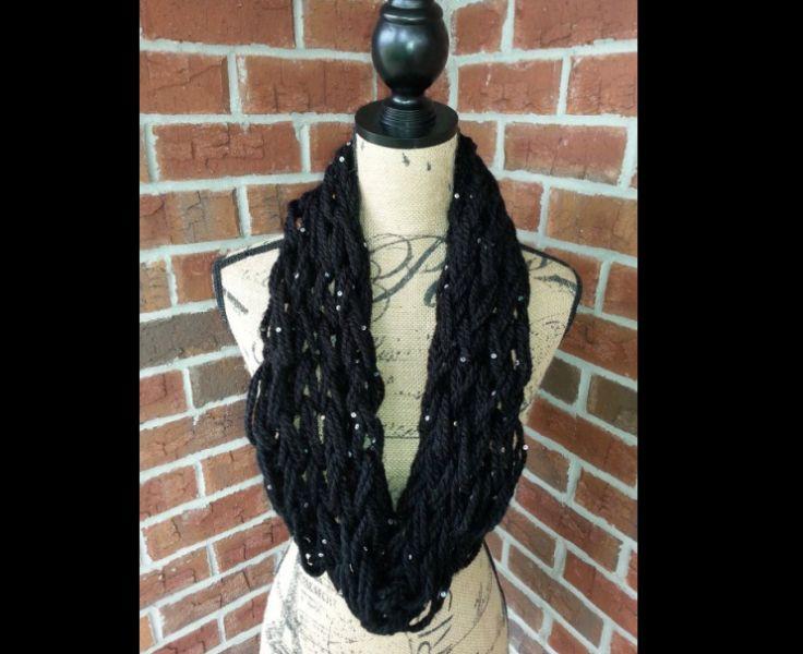 cachecol com tricô preto