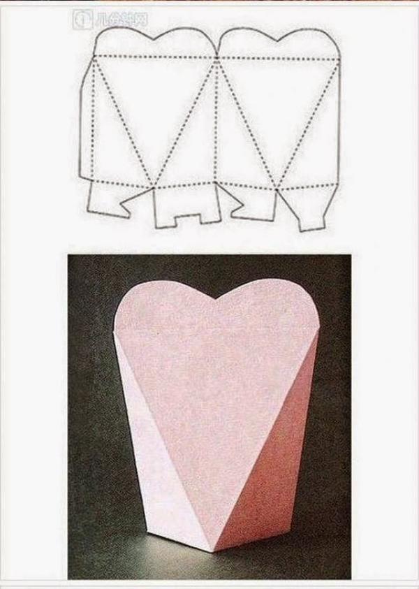 caixa em papel coração