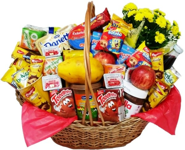 cesta com frutas e flores