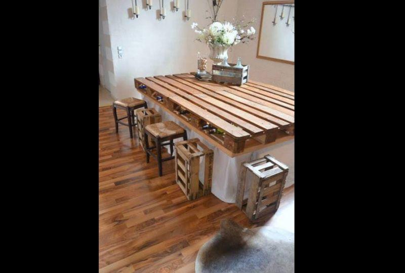 mesa com madeira para cozinha