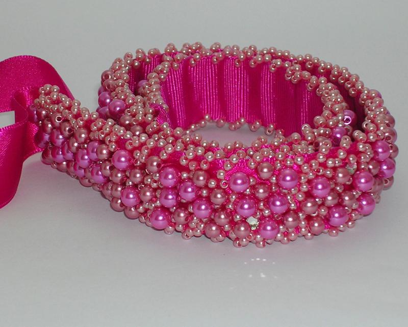 cinto com perolas pink