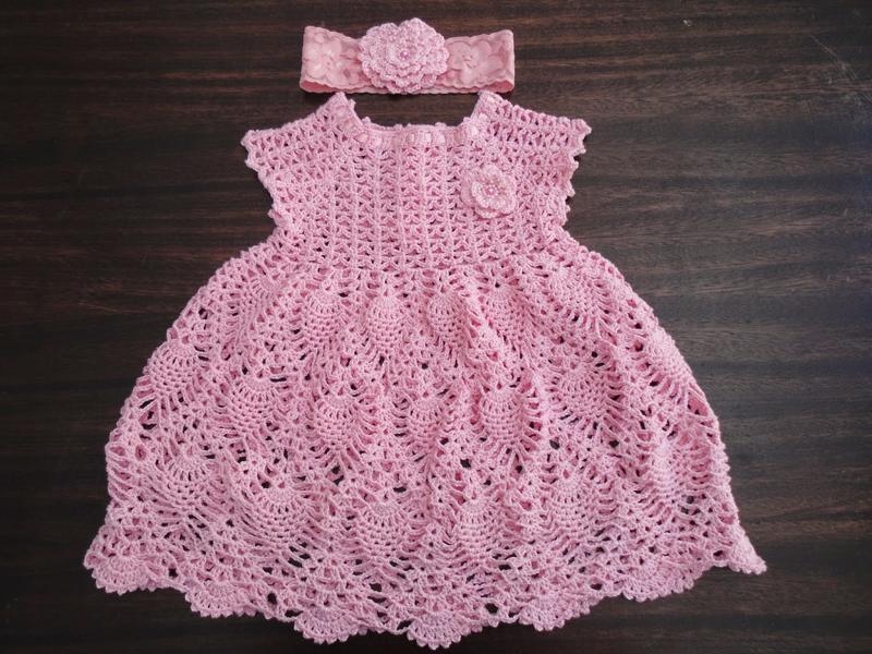 vestido de crochê infantil com tiara
