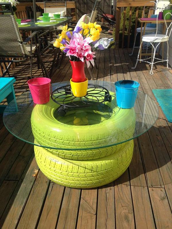 reciclagem com pneus mesinha