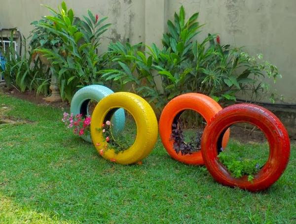 pneus pintados para jardim de pé