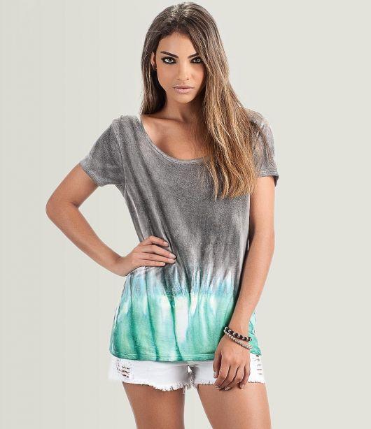 camiseta Tie-Dye personalizada