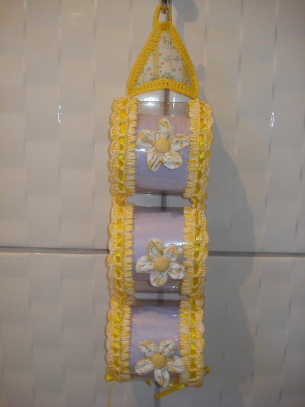 porta papel higiênico de garrafa pet amarelo