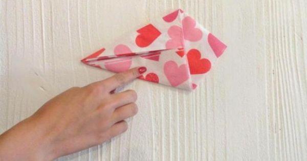 dobradura de guardanapo de papel comum