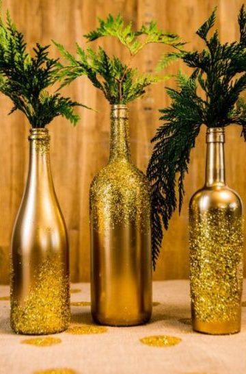 garrafas pintadas dourada