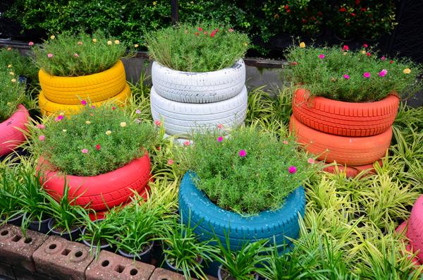 pneus pintados para jardim coloridos