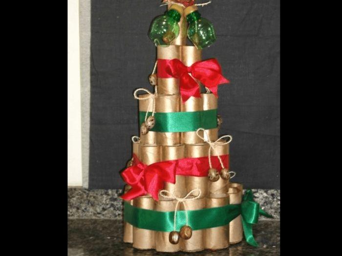 árvore natalina de rolo de papel