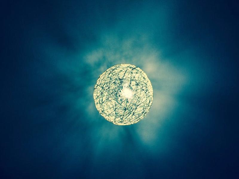 luminaria de barbante azul
