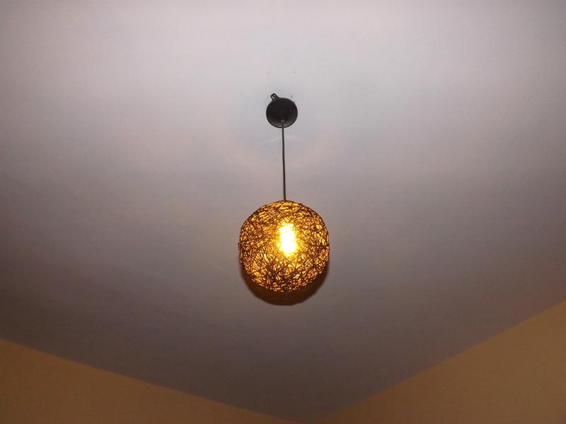 luminaria de barbante amarela
