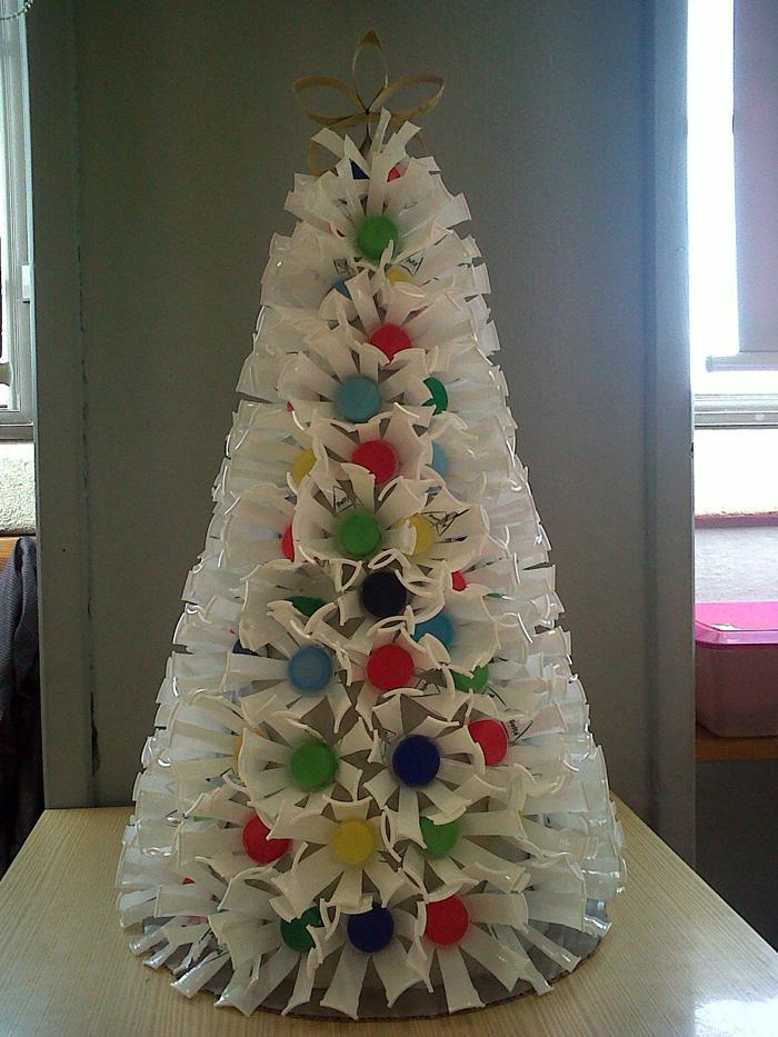 árvore natalina de copo descartável