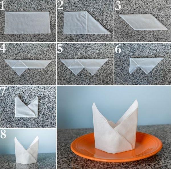 dobradura de guardanapo de papel coroa