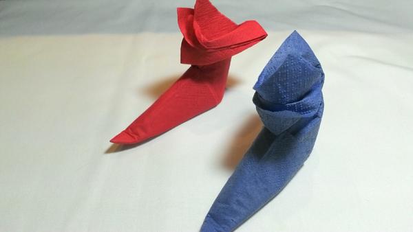 dobradura de guardanapo de papel bota