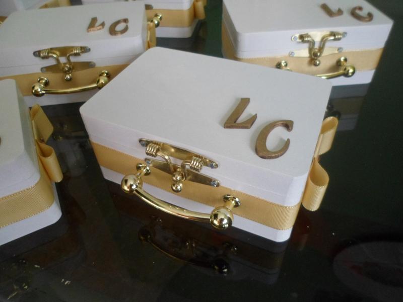 lembrancinha de casamento maleta