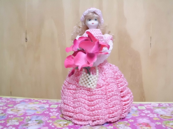boneca de garrafa pet com flor
