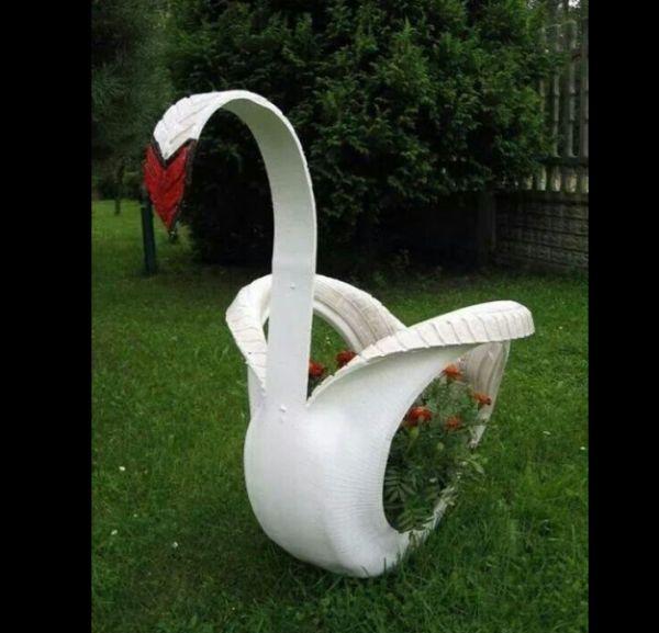 reciclagem com pneus cisne
