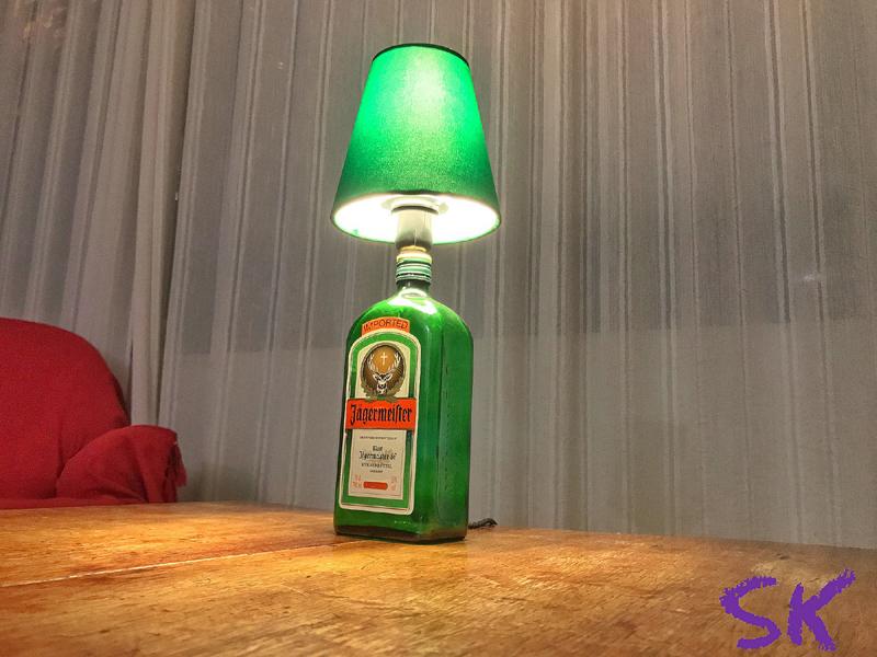 luminaria de garrafa de vidro verde