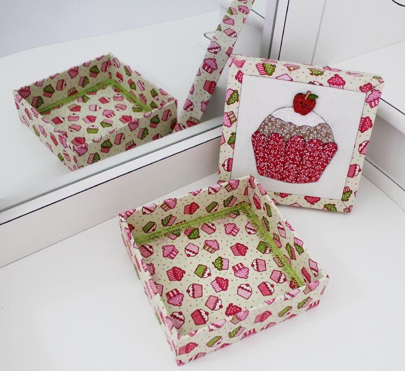 desenho de cupcake patchwork embutido