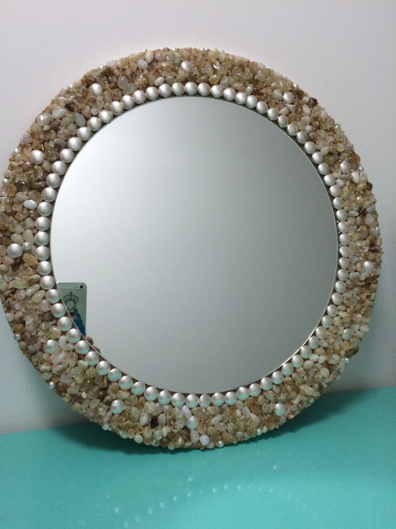 espelho decorado pedrarias