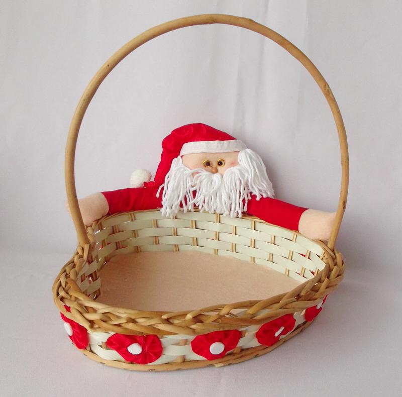 cesta decorada natalina