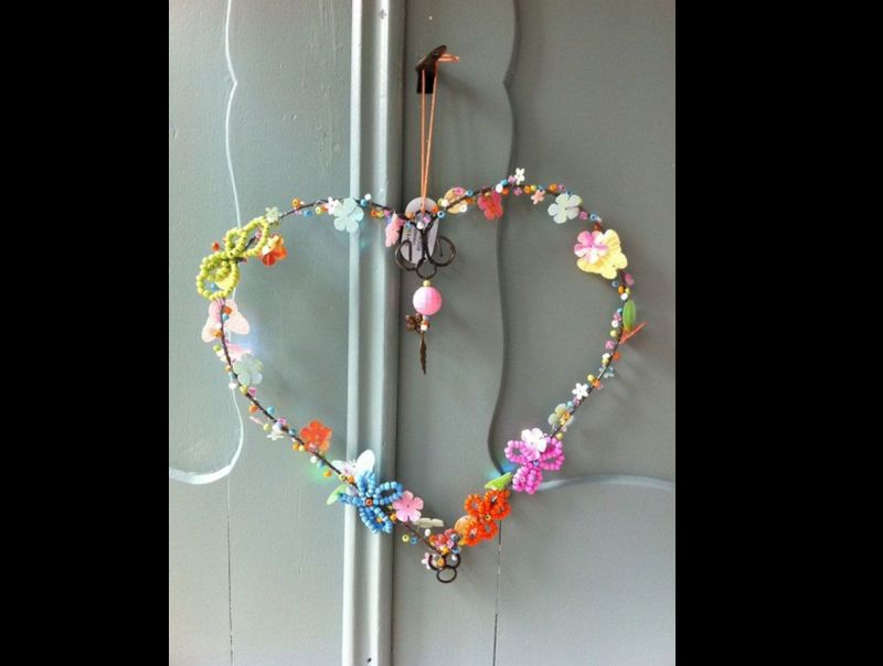 coração de flores pedrarias