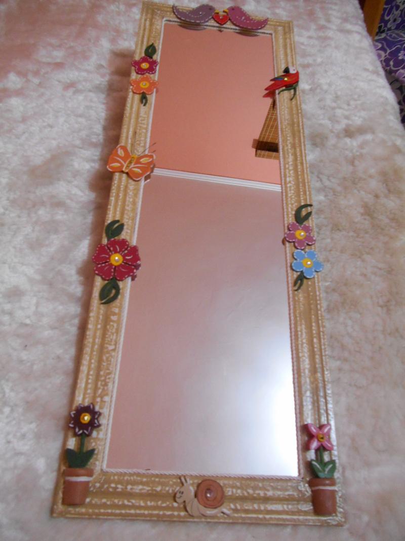 espelho decorado com eva