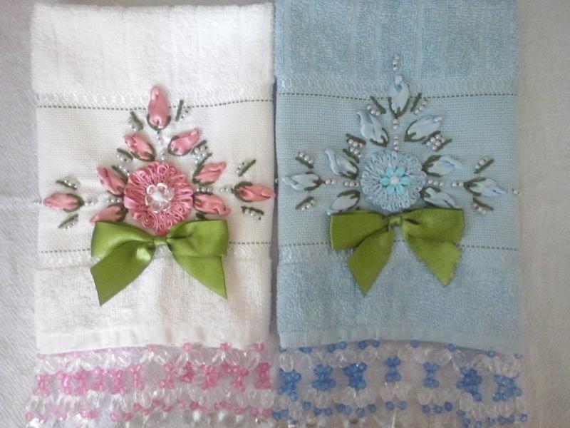toalha bordada flores
