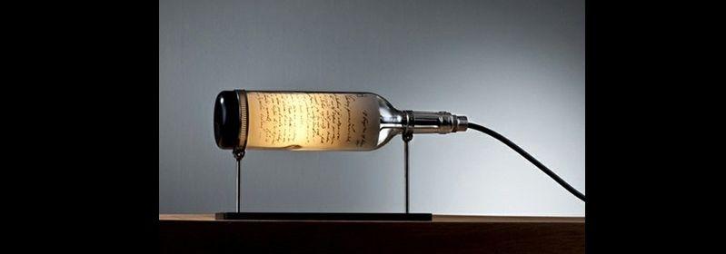 luminaria de garrafa de vidro deitada