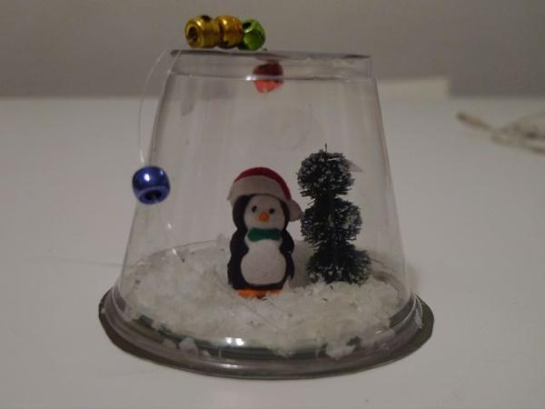 enfeite natalino reciclado globo