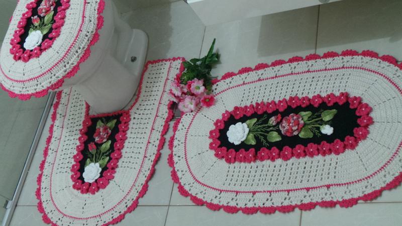 tapete de banheiro tecido e croche