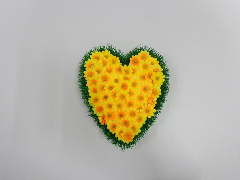 coração de flores margaridas