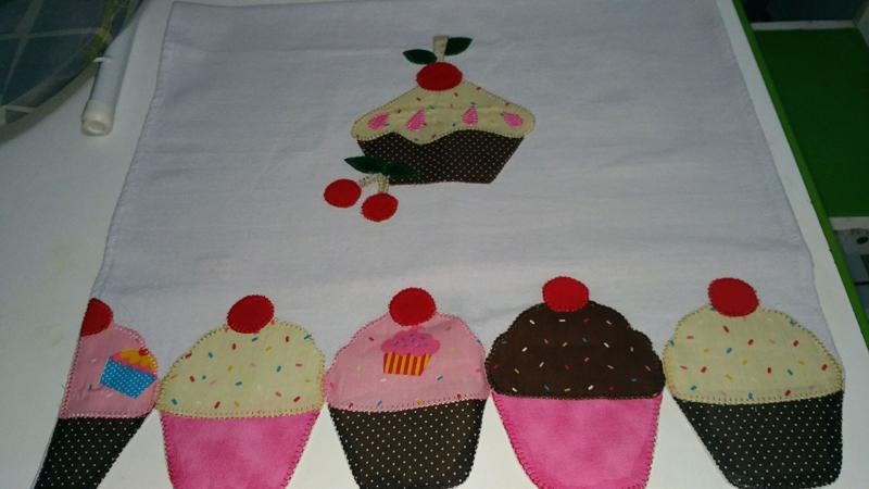 desenho de cupcake tecido