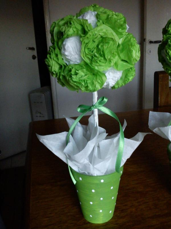 topiaria de papel crepom verde