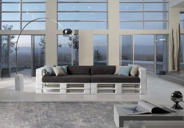 sofa de palete com braço