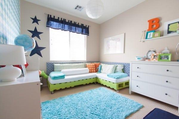 sofa de palete infantil