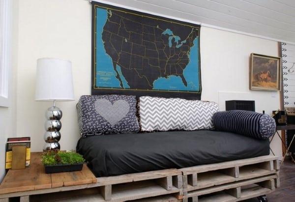 sofa de palete com rodinhas
