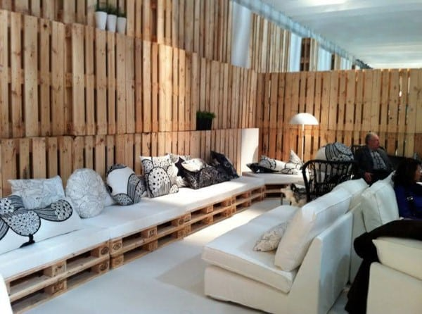 sofa de palete de canto