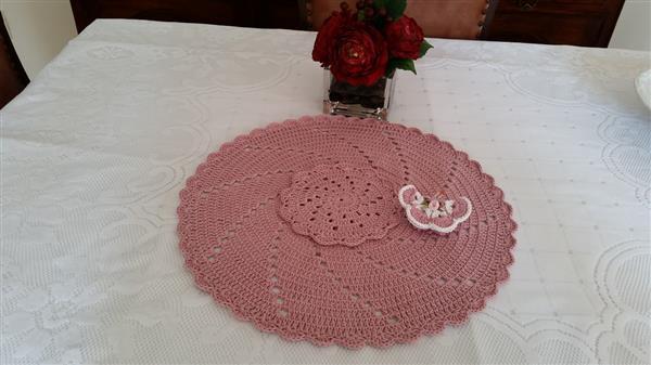 placemat croche rosa