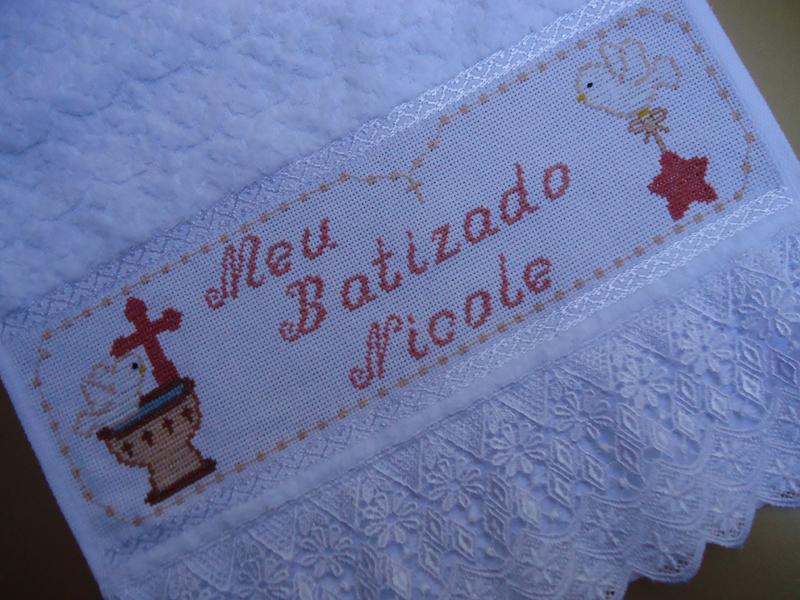 como fazer toalha bordada