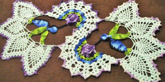 centro de mesa de croche colorido