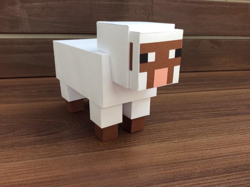 boneco minecraft ovelha
