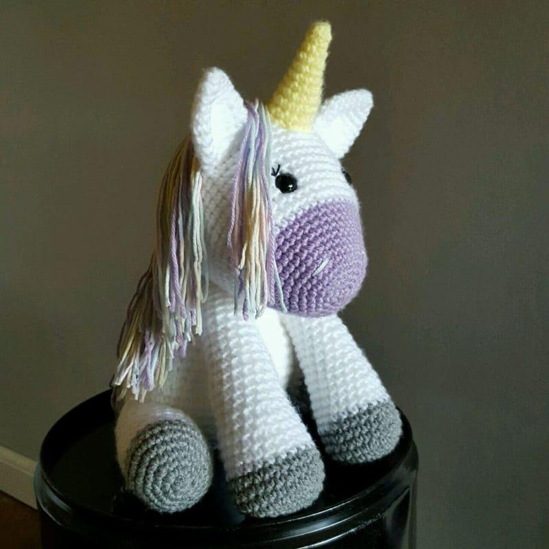 bichinho de crochê unicornio