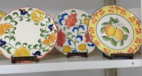 suporte para pratos de couro