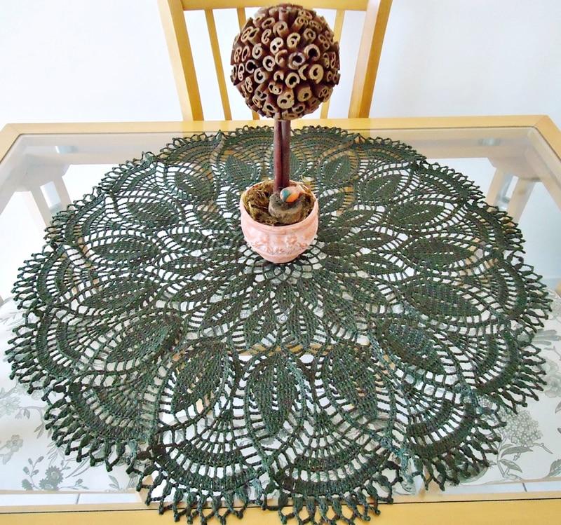 centro de mesa de croche verde