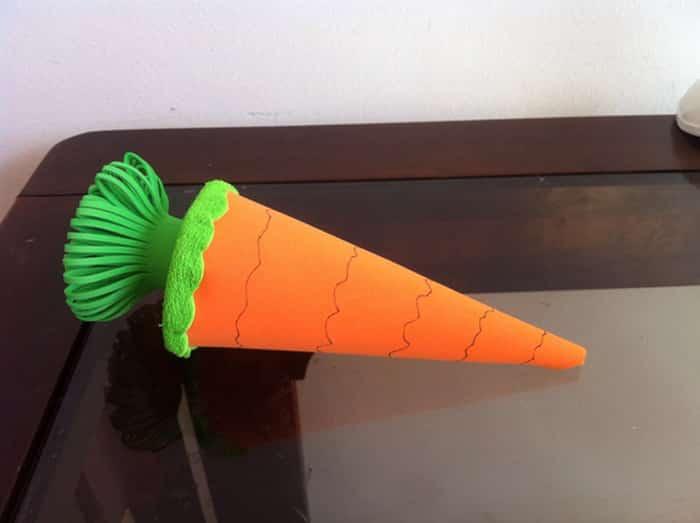 cenoura em eva lembrança