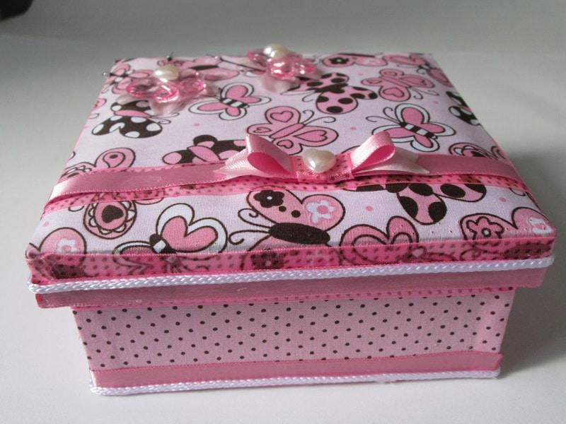 caixa decorada passo a passo