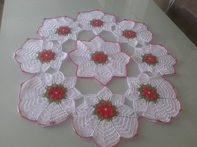 centro de mesa de croche com florzinha