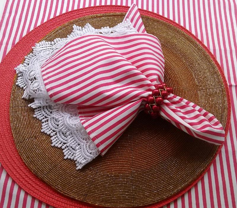 guardanapo com tecido listrado